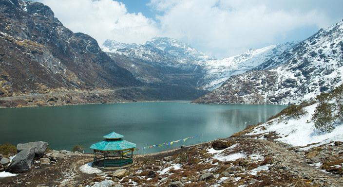 Northeast Marvels Gangtok & Darjeeling - Hotel & Car Only